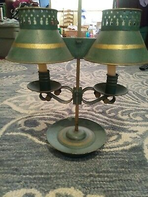 Vtg Colonial Style Brass 2 Arm Candle Light Green Gold Bouillotte Table Lamp