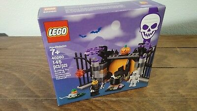 LEGO 40260 Halloween Haunt Pumpkin Vampire Skeleton Cauldron Spider Retired Set