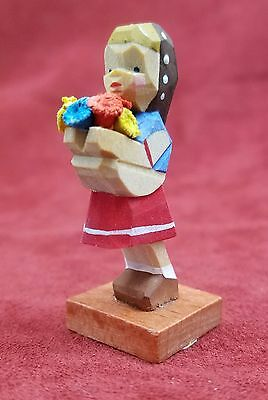 GDR HAND CARVED ERZGEBIRGE EMIL HELBIG FOLK ART GIRL w/ FLOWERS IN FRONT - RED