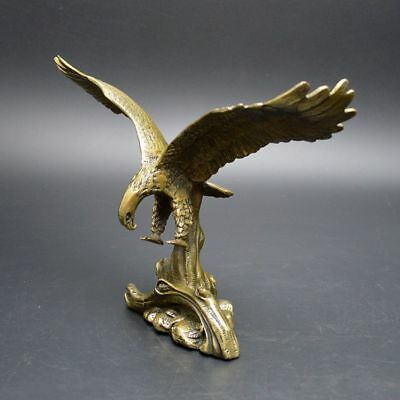 China Exquisite Old Handwork  Bronze Eagle Home Furnishing Decoration