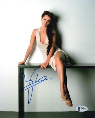 PENELOPE CRUZ SIGNED AUTOGRAPHED 8x10 PHOTO VERY YOUNG SEXY PRETTY BECKETT BAS