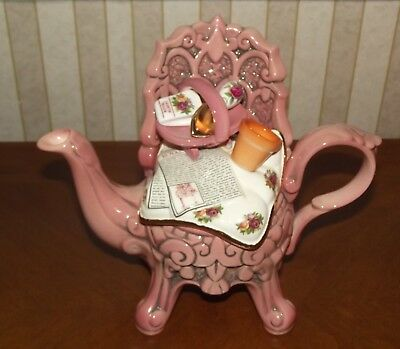 Royal Albert Old Country Roses Pink Garden Chair Teapot Paul Cardew RETIRED RARE