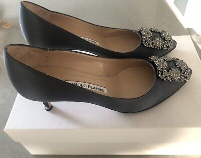 601474f07e88 MANOLO BLAHNIK 50MM Hangisi Satin Pumps -  700.00