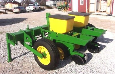 No Till John Deere 2 Row 1710 Planter With Precision Finger Meters