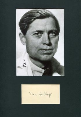 Theodor Svedberg autograph, Nobel Prize for Chemistry 1926, signed card mounted