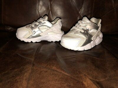 3136c84874ce BABY BOYS  NIKE Huarache Run Shoes