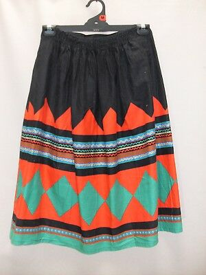 1980's Vintage Skirt on 1/2 Elastic Band in Bright Geometric Pattern.
