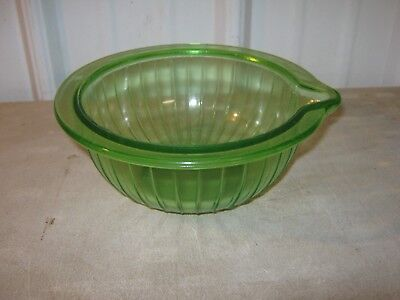 Vintage Green Depression Glass Mixing Bowl with Spout Ribbed Pattern