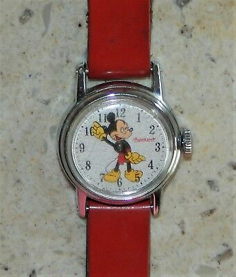 Vintage Ingersoll Mickey Mouse Childs Walt Disney Productions Windup Wrist Watch