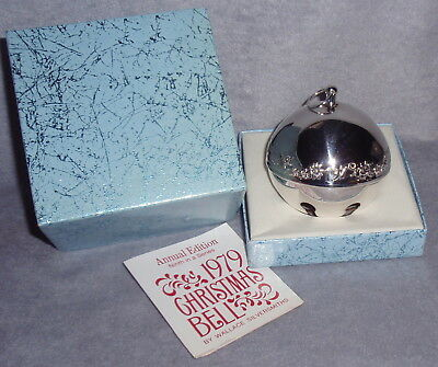 1979 Wallace 9th Annual Silver Plate Sleigh Bell Ball Xmas Ornament Decoration