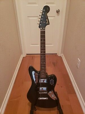 2004 - 2005 fender jaguar special edition hh made in japan - $800.00