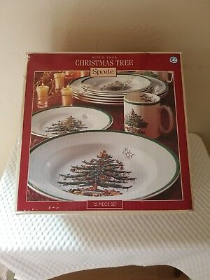 Spode Christmas Tree China Dinnerware Tableware Winter Dishes 12 Piece Set
