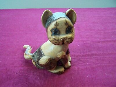 "Handmade Wood cat figurine with secret drawers, 4""  tall"