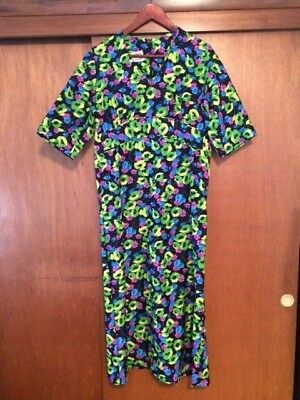 Vintage Women's Liberty Circle 70s Polyester Floral Dress Small Green Black Pink