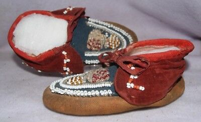 Native American Vintage Child's Beaded Moccasins
