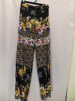 1990's Vintage High Waisted Hippy Pants with in the Front.