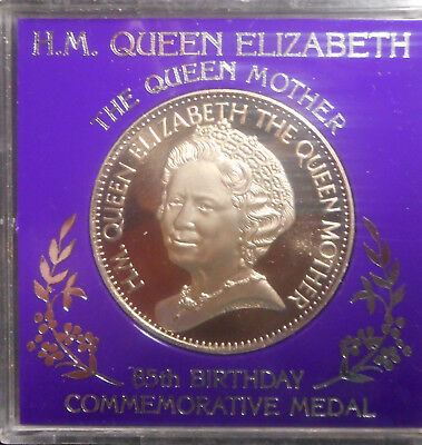 1985 Queen Mother 85 Birthday  Medal 38mm no plastic collar