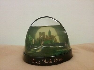 New York City Snow Globe Twin Towers with Pen Holder Liberty