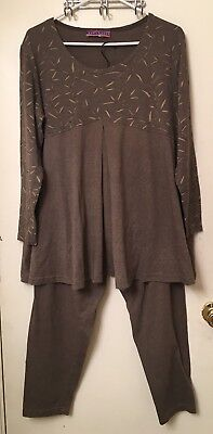 Maternity Outfit by Baby's Nest Heather Brown Long Sleeve Shirt and Pants Size M