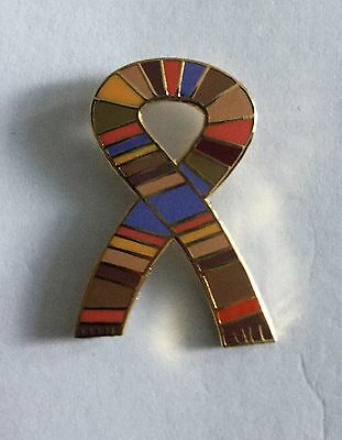 Doctor Who Scarf Enamel Pin Badge - Brand New Rare & Collectible