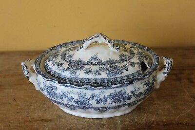 Antique Keeling & Co, Watford pattern covered dish tureen.