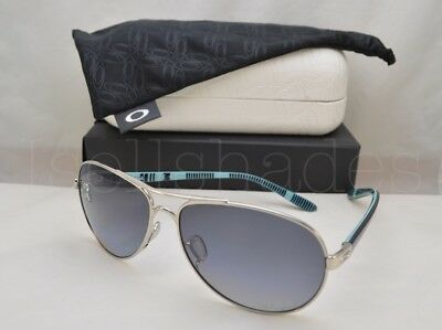 Oakley FEEDBACK (OO4079-07 59) Polished Chrome with Gray Gradient Polarized Lens