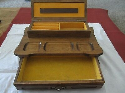 Vintage Mid-Century Wooden Jewelry Box Made In Taiwan