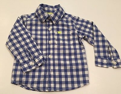 Baby boy button shirt by Carter's Size 12 months...br