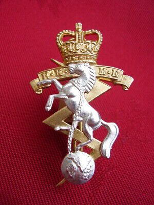 British Army REME Officers Gilt/Silver Colour Metal Military NO1 Dress Cap Badge