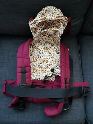 Baby carrier with hoodie