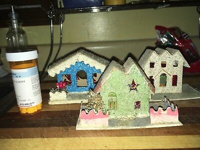 Sp16, Vintage Paper Christmas Houses, Usa, 2 In Lot