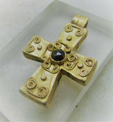 Scarce Byzantine Era Gold Crusaders Cross With Garnet Insert Wearable