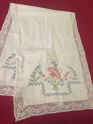 "Vintage Table Runner Embroidered Floral Cross Stitch Pretty Lace Trim 13""x40"""