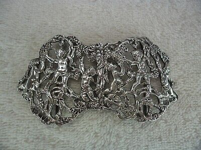 Cherub and Grapevine Solid Silver Nurses Belt Buckle, London 1907