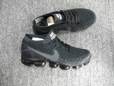 b23a088af2fe (Size 8.5) 100% Authentic Men s Shoes Nike Air Vapormax Flyknit 2