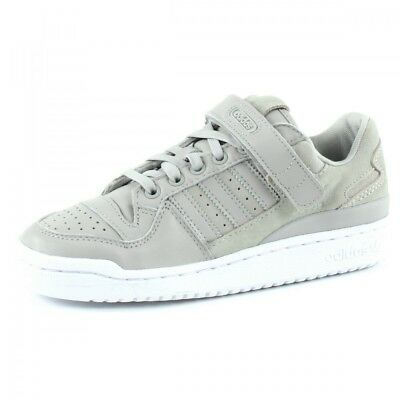 new products 6c288 01242 Baskets Forum Low adidas originals CQ2680