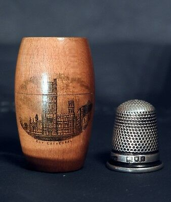 Sterling Silver Thimble in Case Hallmarked London 1901