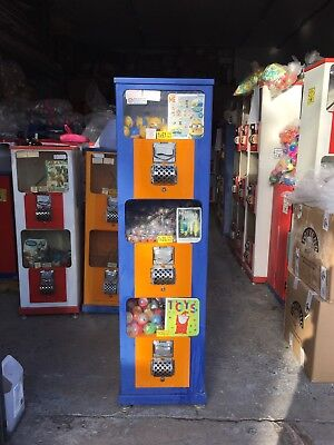 Toy vending machine accepts NEW £1 COIN, 50P and 20P