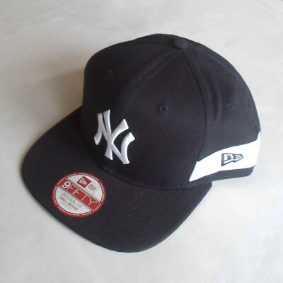 New York Yankees New Era MLB White Stripe Snapback Hat - Size Small/Medium
