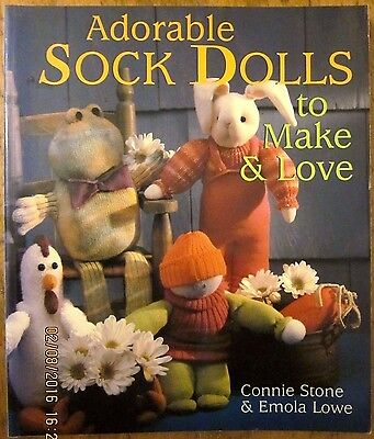 ~ADORABLE SOCK DOLLS TO MAKE & LOVE by Connie Stone, Emola Lowe - VGC~