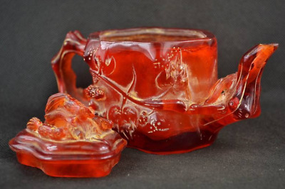 "7.15"" China Collectibles Old Decorated Handwork Amber Carving Insects Teapot"