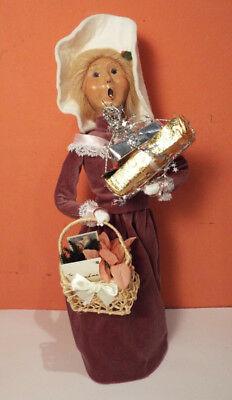 Byers Choice 2001 CAROLER Victorian Shopper Woman 56/100 Signed EXCLLNT Presents