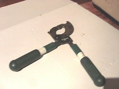 Green Lee 761 Two Handed ratchet Cable Cutter Hand Tool