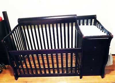 Tuscany Elite 4-in-1 Crib And Changer Delivery Included.