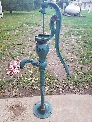 Antique Cast Iron Farm Well Pump,
