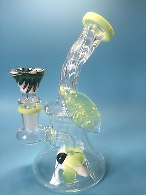 6.5'' Green Bee Leaf Glass Bong Smoking Pipes Glass Pipes Water Bongs hookahs