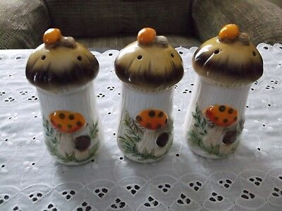 3 Vintage Colorful Sears RoeBuck 1977 Merry Mushrooms Salt/Pepper/Spice Shakers