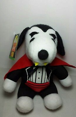 Halloween Snoopy Dog Plush Dracula Vampire Charlie Brown Peanuts Toy NWT