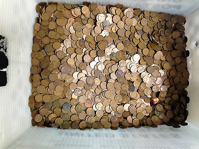 Bulk Lot: 500 Lincoln Wheat Cents includes earlier coins not all 50s - No resv.