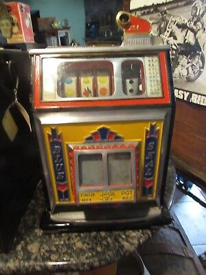 Vintage Antique 1940s Watling Blue Seal 25c Slot Machine